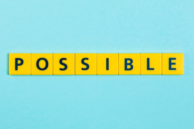 Posible palabra en azulejos scrabble