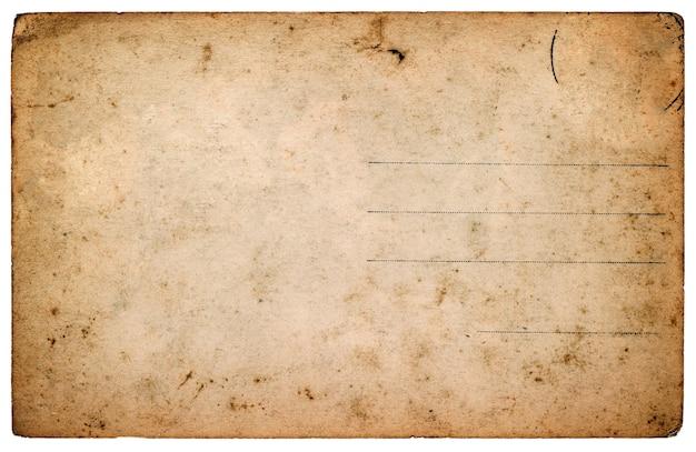 Postal antigua. hoja de papel en blanco envejecido aislado sobre fondo blanco. imagen en tonos de estilo retro