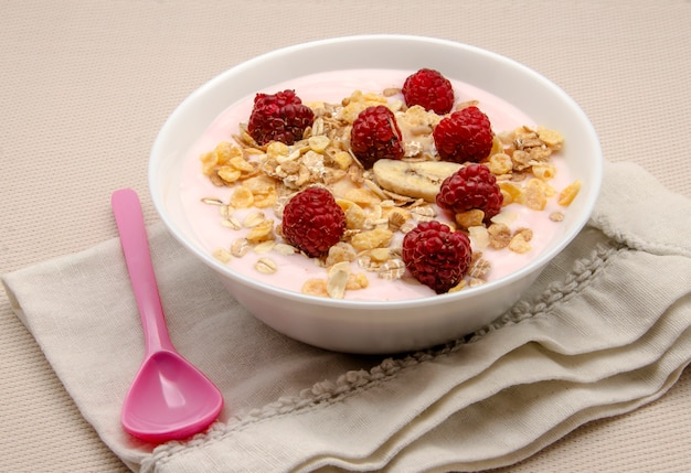 Postre crema de yogurt