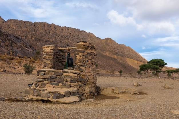 Pozo de agua, desierto del sahara.