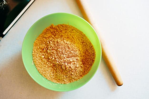 Preparación cocinar en un bol