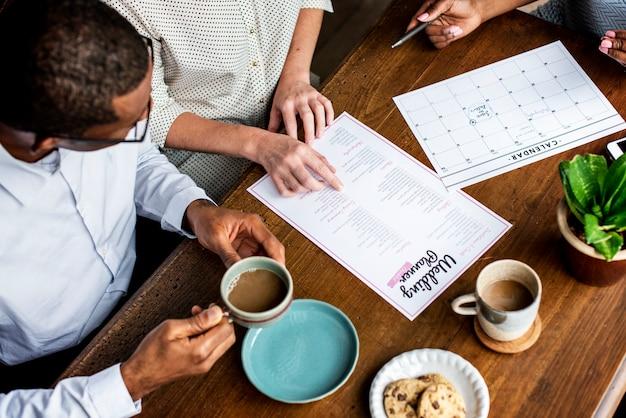 Preparación de información de la lista de verificación del planificador de bodas