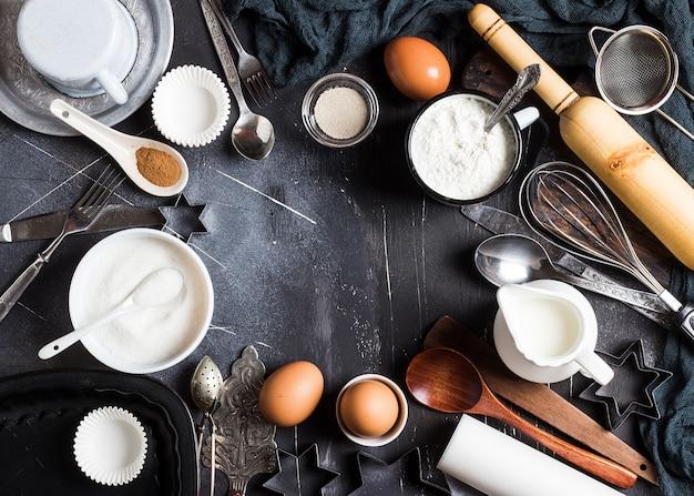 Preparación de los ingredientes de cocción de la cocina para cocinar marco