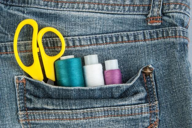 Primer a bolsillo con herramientas personalizadas