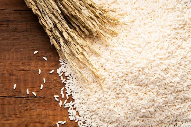 Primer plano de arroz jazmín