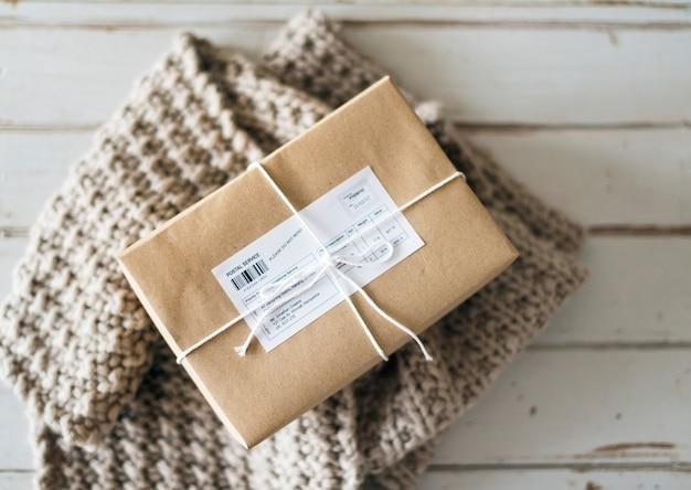 Primer plano de la caja del paquete