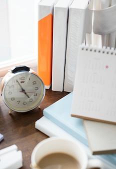 Primer plano de reloj despertador