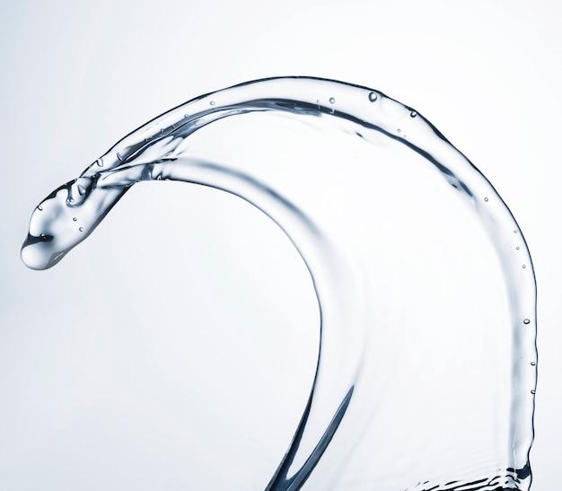 Primer plano de forma de agua clara