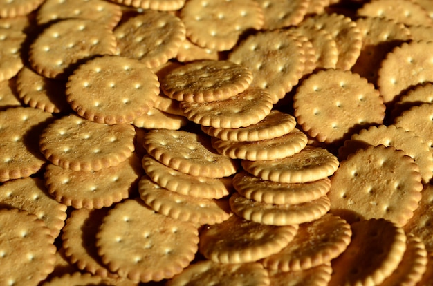 Primer plano de galletas saladas