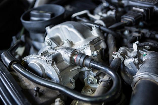 Primer plano del motor de coche