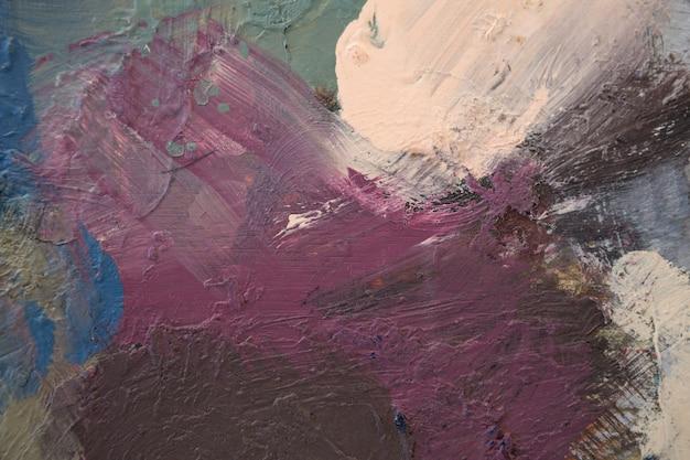 Primer plano de la paleta de pintura con varios colores