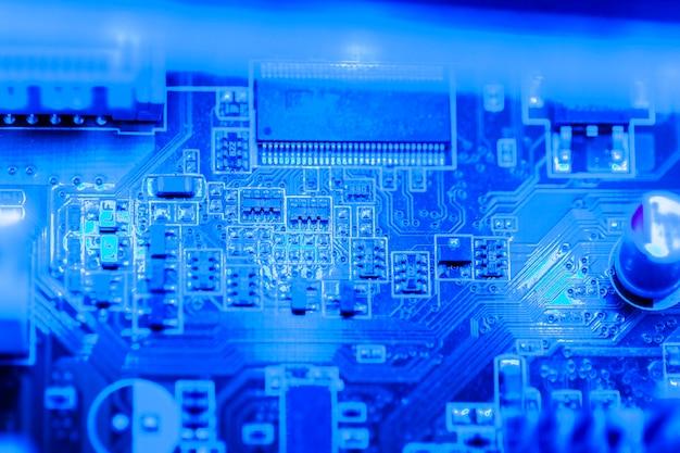 Primer plano de placa de circuito electrónico