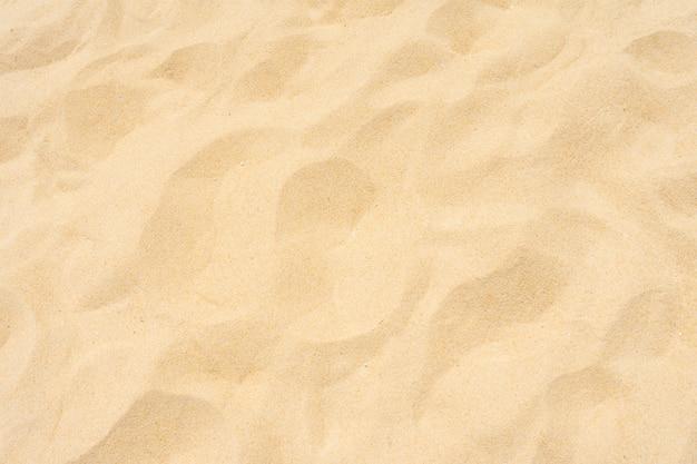 Primer plano de la playa de arena