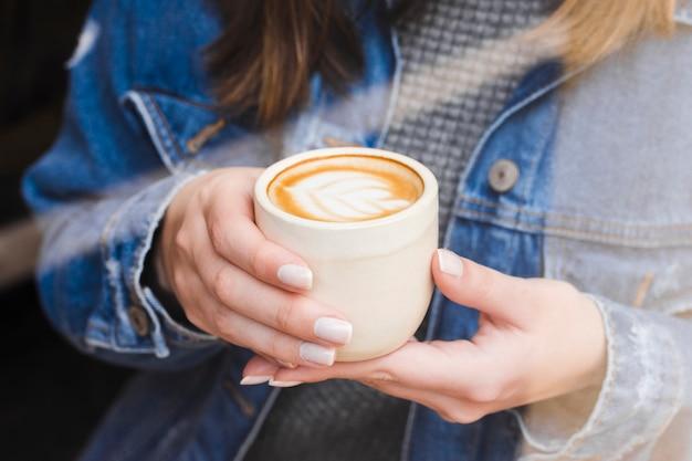 Primer plano, taza de café