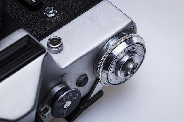 Primer plano de la vieja lente de la cámara de cine retro