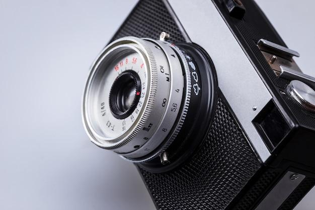 Primer plano de la vieja lente de la cámara retro