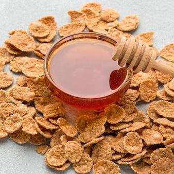Primeros cereales con miel