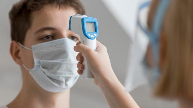 Procedimiento de muestra de coronavirus