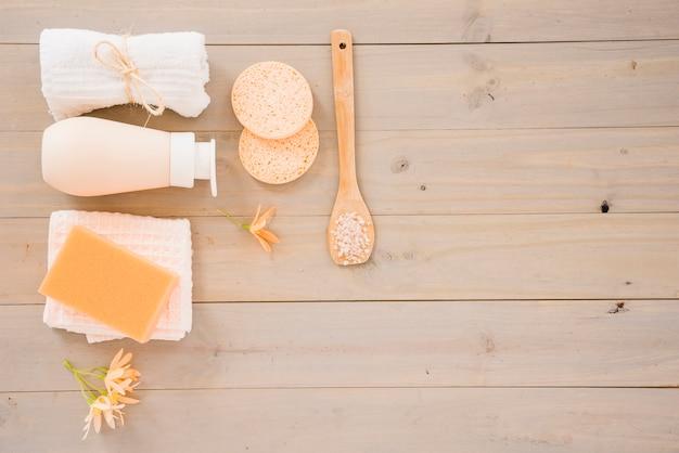 Productos para el cuidado de la piel para la limpieza.