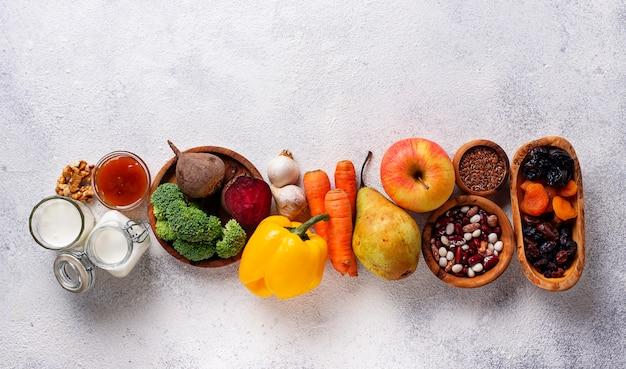 Productos para el intestino sano. comida para la tripa