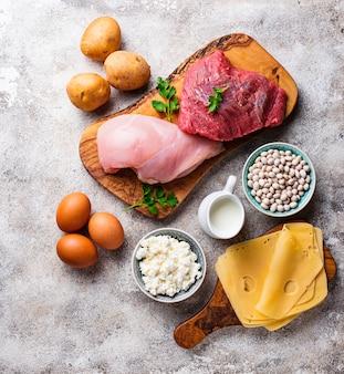Productos ricos en aminoácidos.