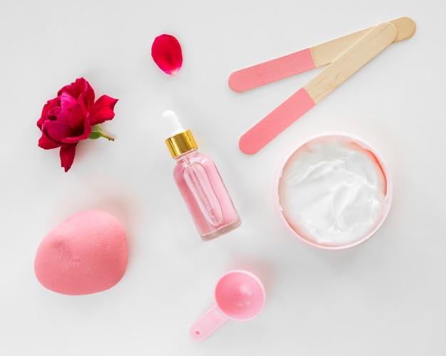 Productos de rosas concepto de spa de belleza y salud