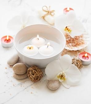 Productos de spa con orquídeas