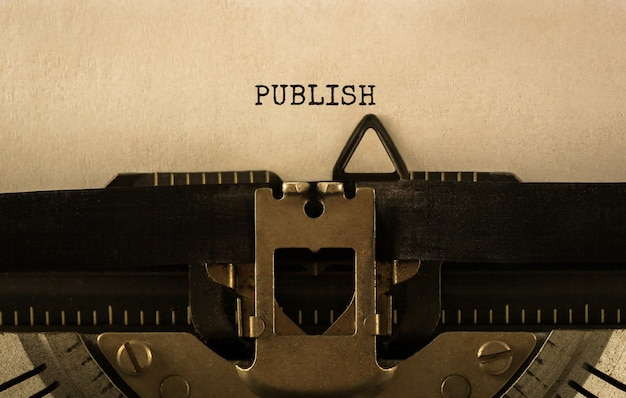 Publicar texto escrito en máquina de escribir retro