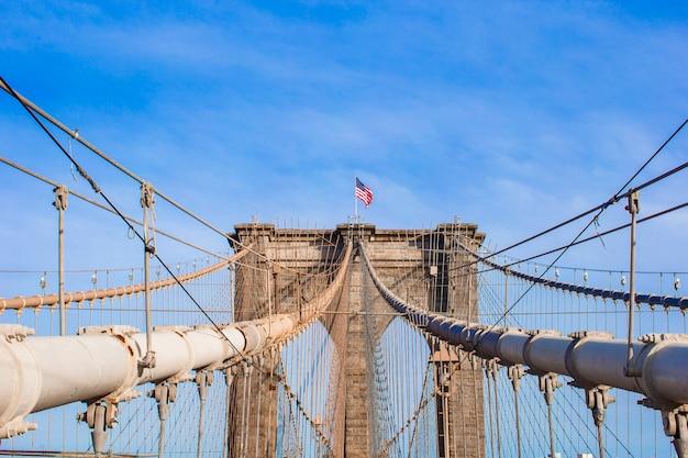 El puente de brooklyn, nueva york, ee.uu.