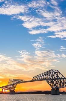 Puente de la puerta de tokio