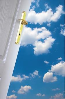 Puerta a las nubes