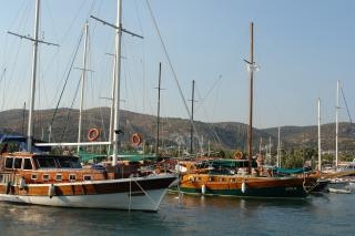Puerto deportivo de yates