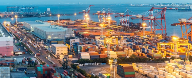 Puerto industrial de tokio panorama