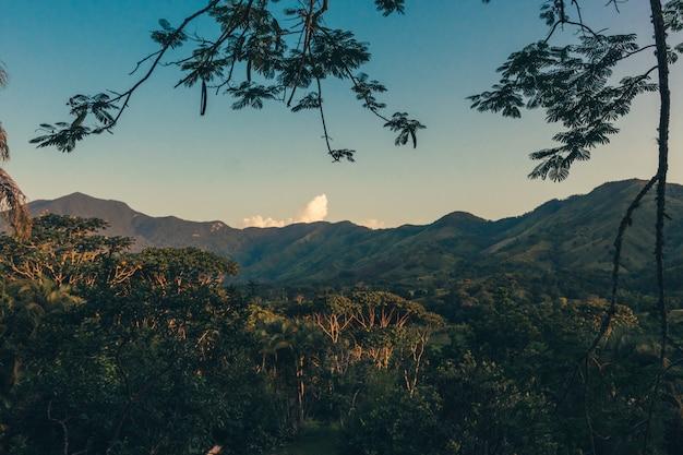Puesta de sol de montaña