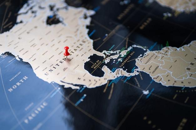 Punto del lugar en el mapa mundial. marcar en el mapa.