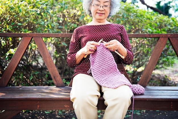 Punto de punto hilo de aguja costura craft bufanda concepto