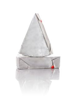 Queso procesado triangular en blanco
