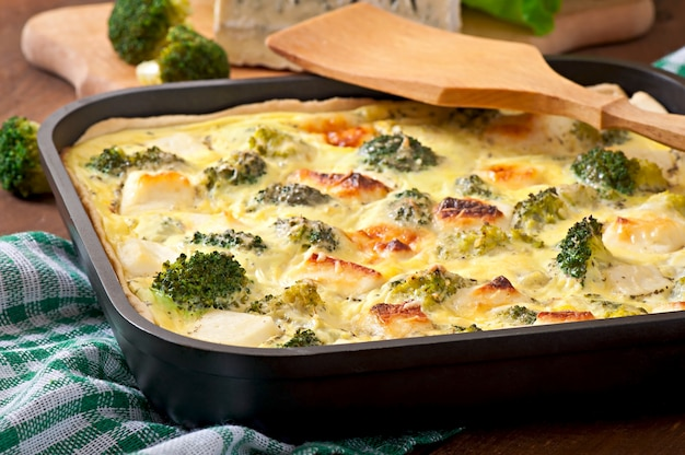 Quiche con brócoli y queso feta