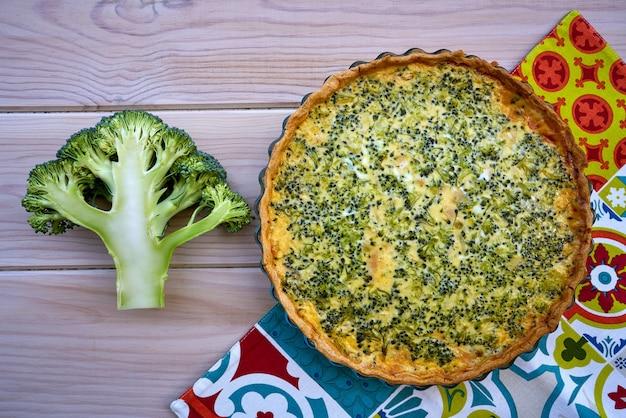 Quiche de brócoli receta francesa casera