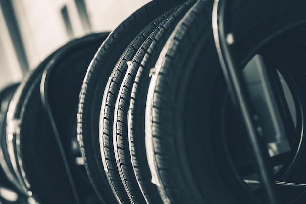 Rack de neumáticos a estrenar