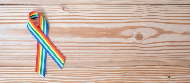 Rainbow ribbon lgbtq para el orgullo de la comunidad lesbiana, gay, bisexual, transgénero y queer