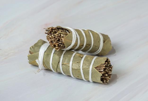 El ramo es un ramo de hierbas aromáticas.