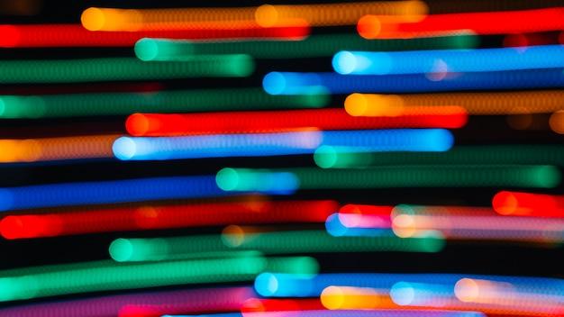 Rastros de manchas de luz de colores