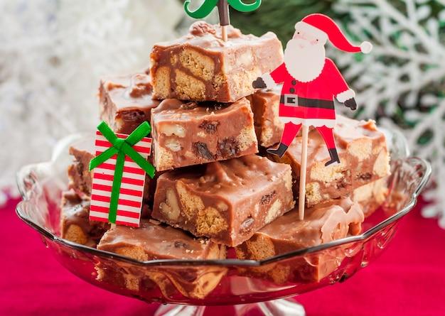 Rebanadas de dulce de chocolate de navidad
