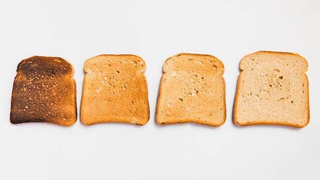 Rebanadas de pan tostado