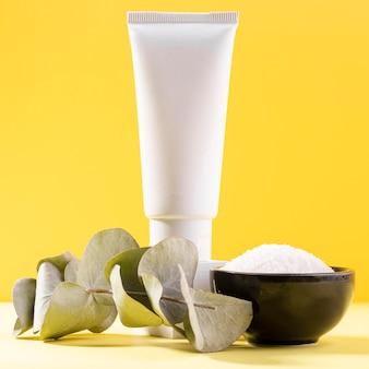 Recipiente de sal y recipiente de crema
