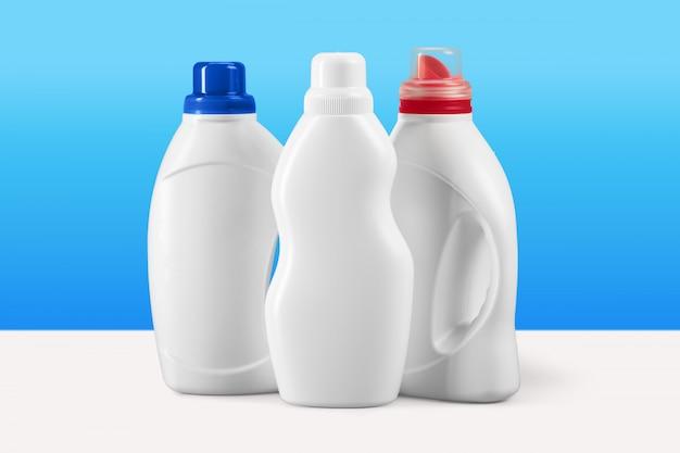 Recipientes de detergente liquido plastico Foto Premium