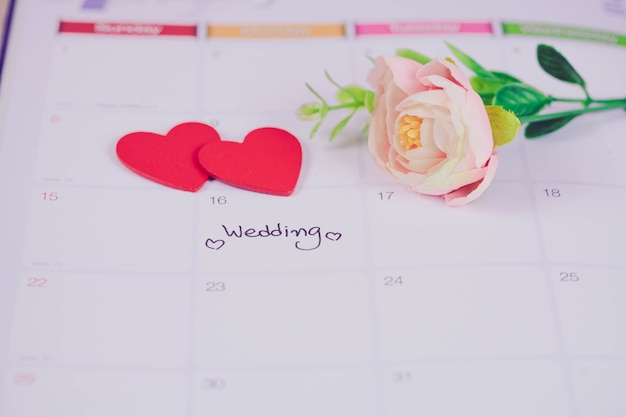 Recordatorio día de la boda en la planificación del calendario con tono de color.