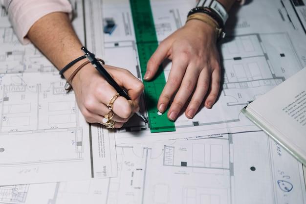 Recortar manos haciendo planos