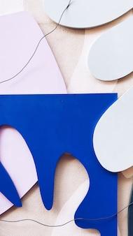 Recortes de papel blanco y azul